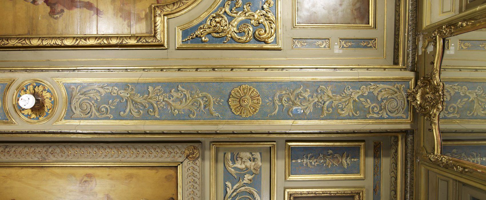 Lambert_grand cabinet C1009_2-squashed