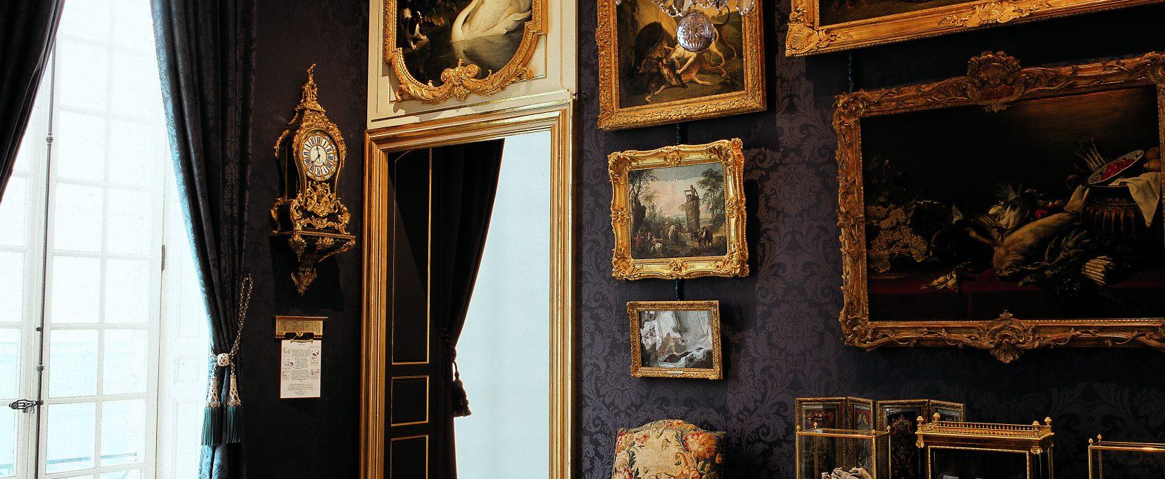 p23_Musée de la Chasse-squashed