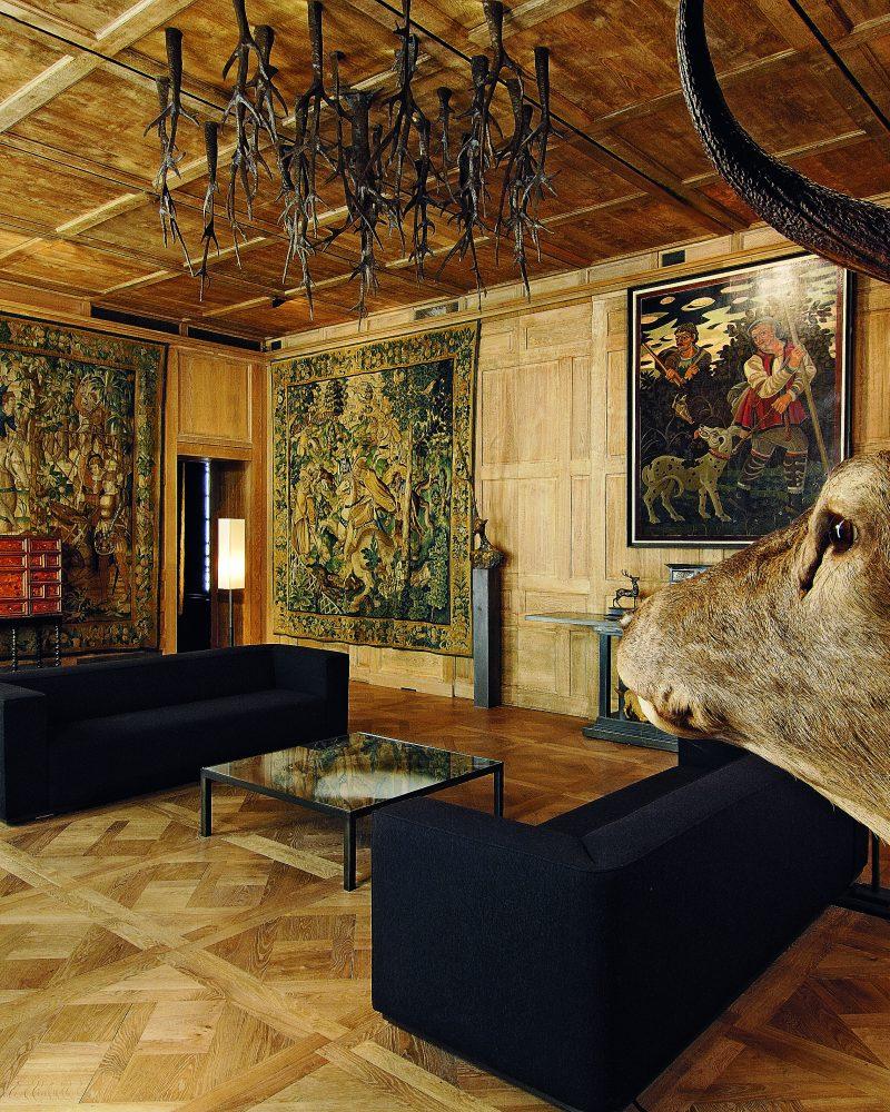 p24_Musée de la chasse_ bis-squashed